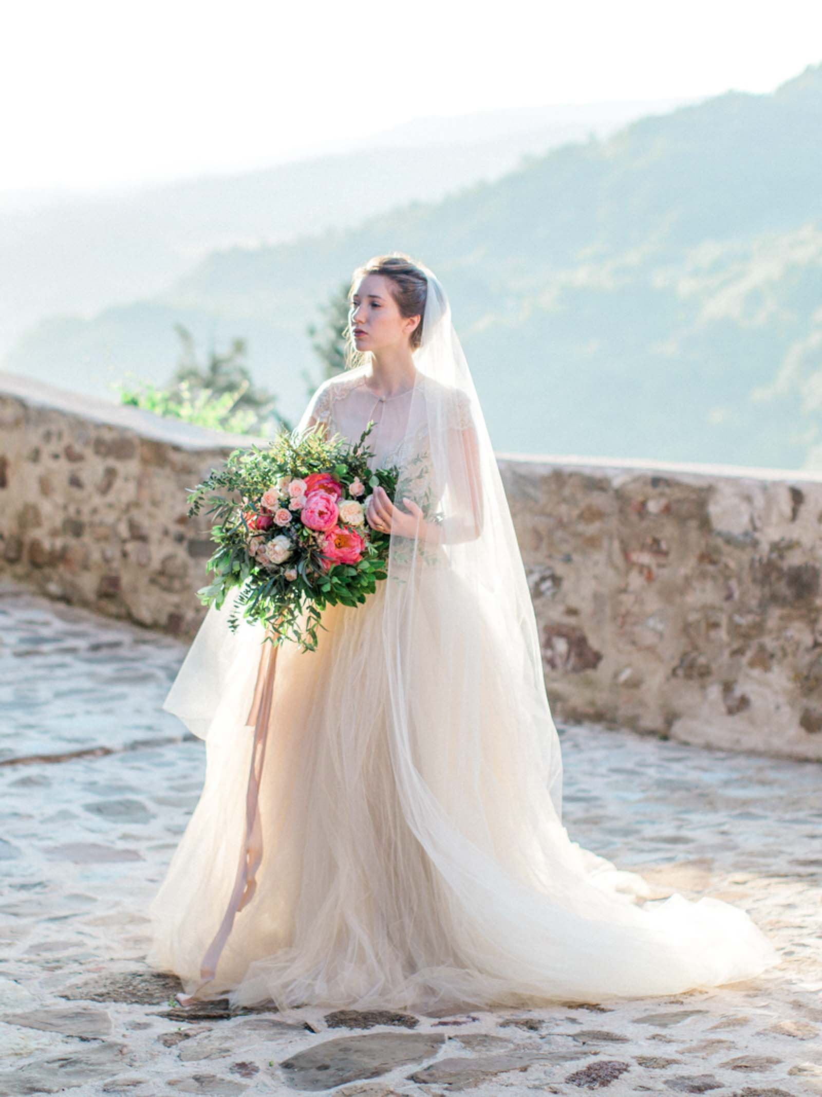 Tuscany Italy Wedding Inspiration | Married Morenos