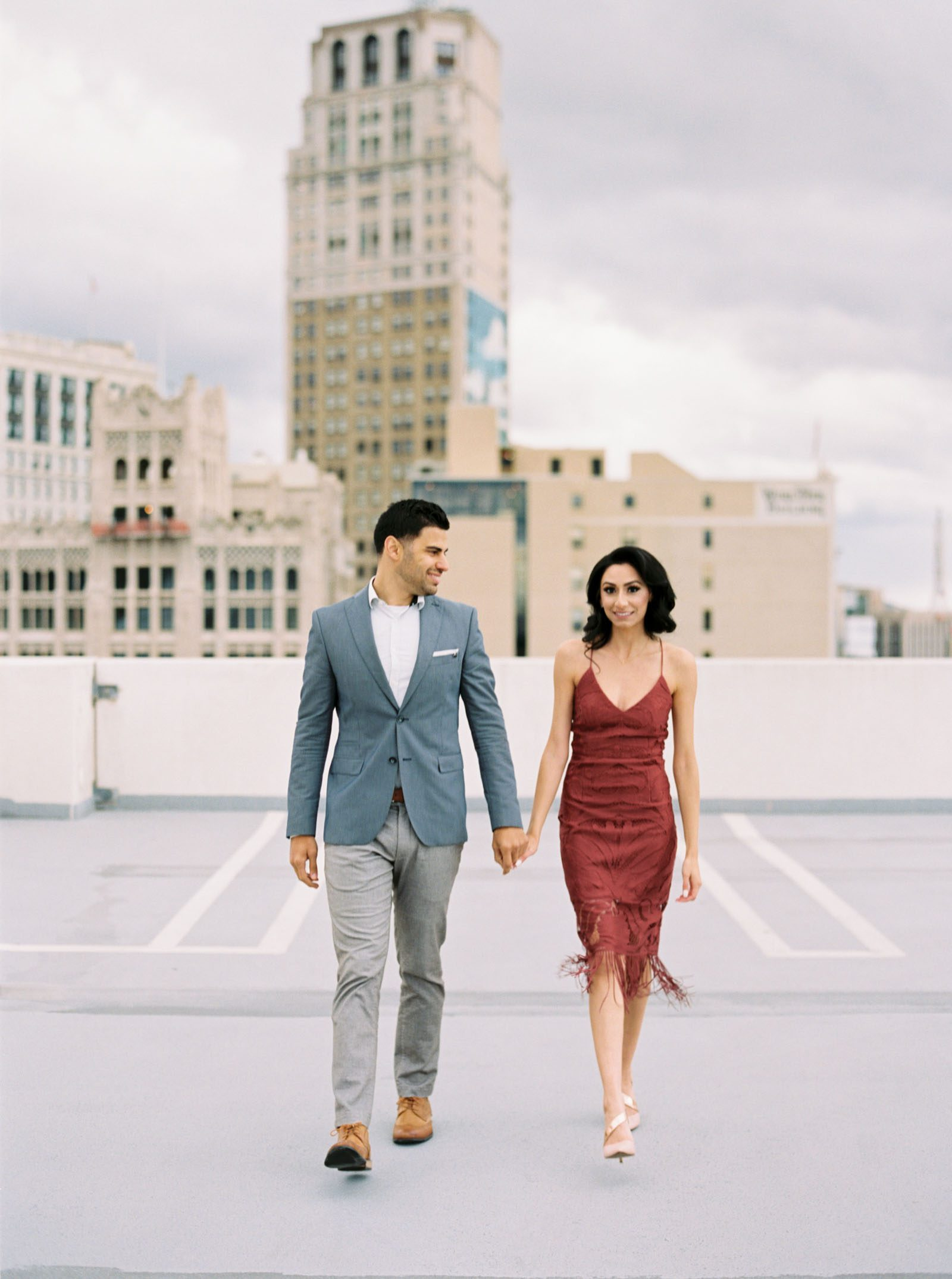 Engagement Photo outfit inspiration -krmorenophoto